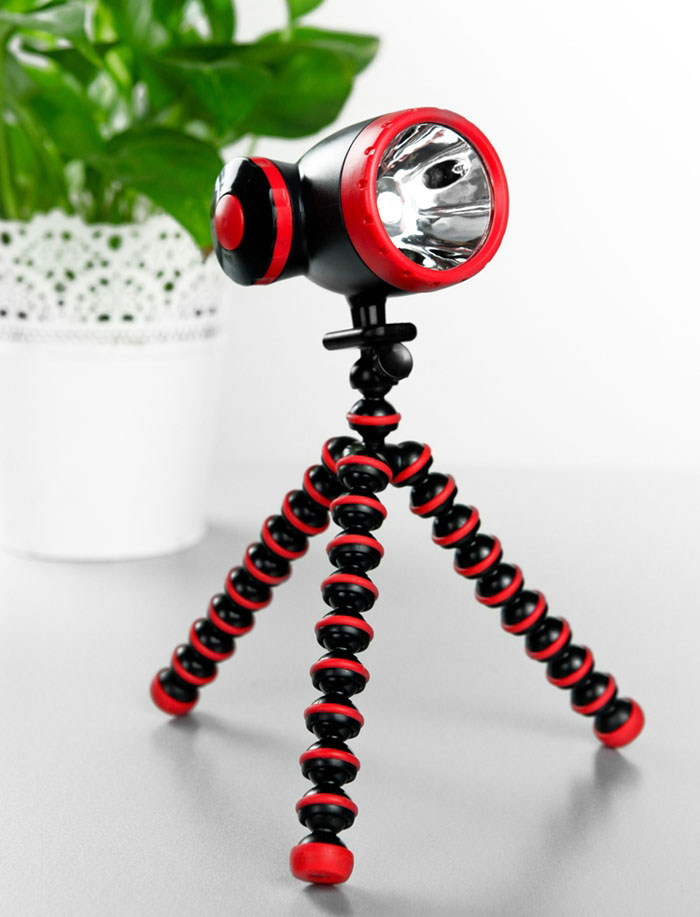 Tripod Flashlight