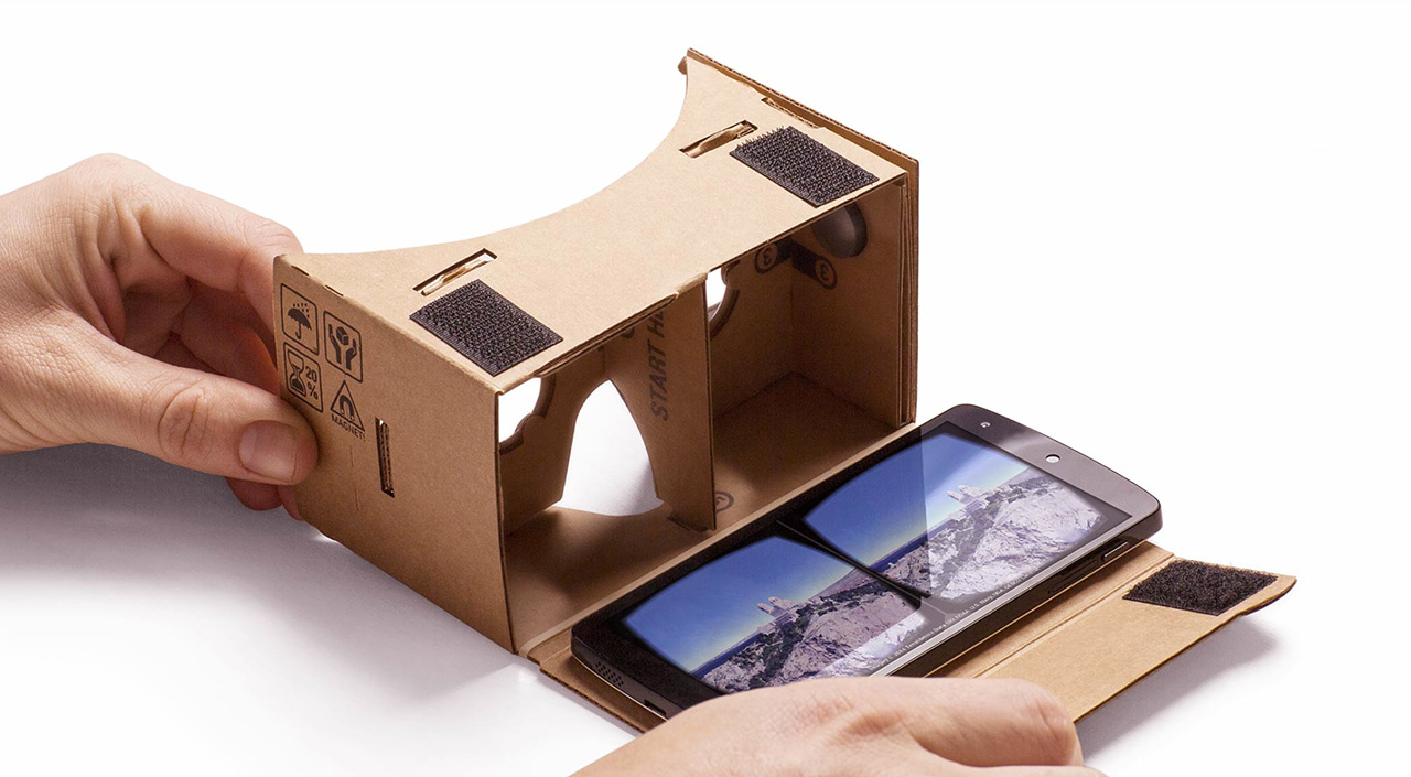 Three dimensional cardboard glasses