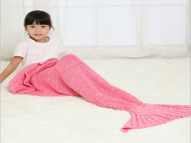 Mermaid treat blanket